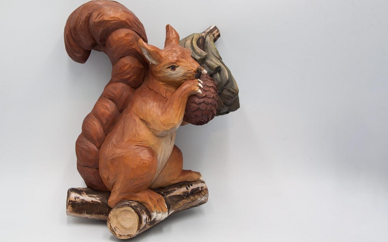 Half relief squirrel