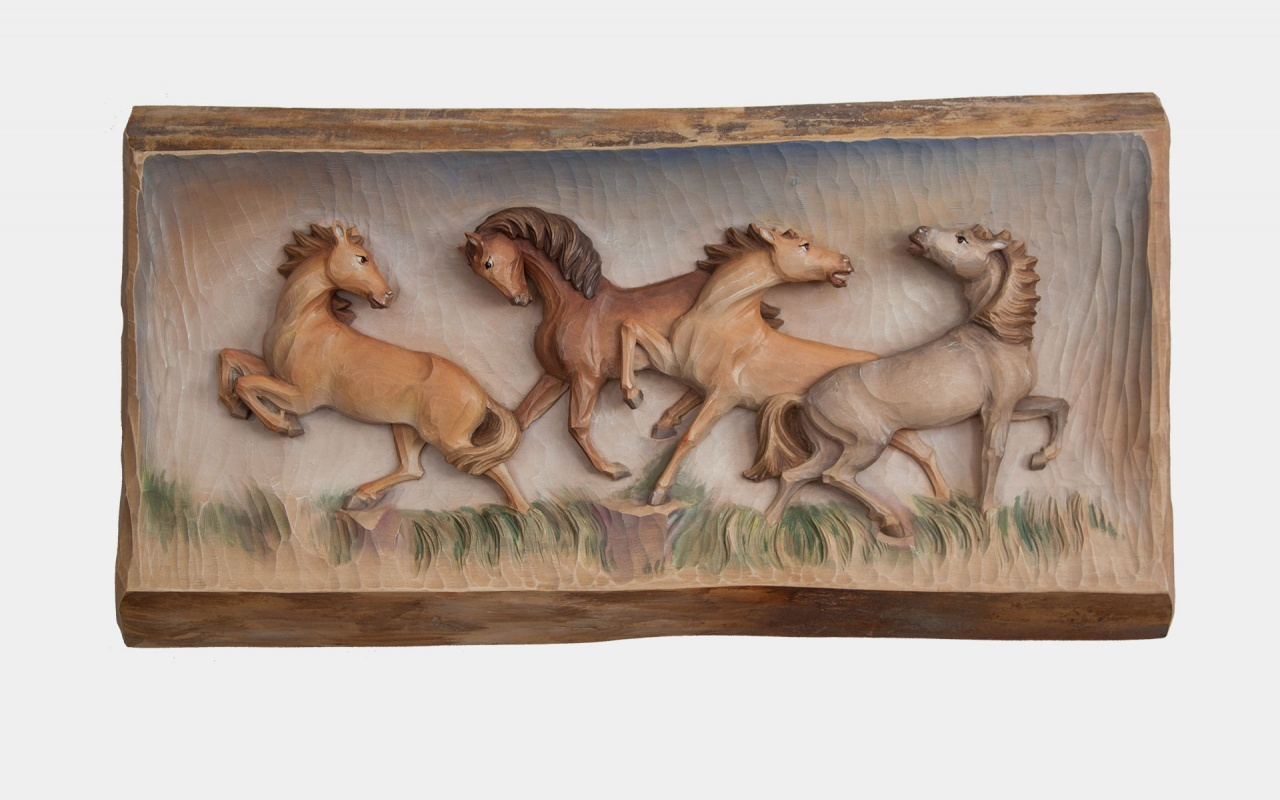 Relief horses